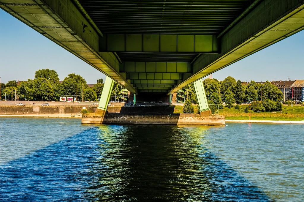Die Kölner Severinsbrücke